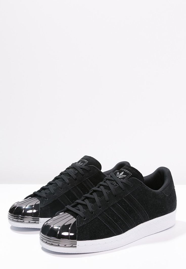 best baskets sneakers 2017 2018 adidas originals superstar 80s baskets basses core black. Black Bedroom Furniture Sets. Home Design Ideas