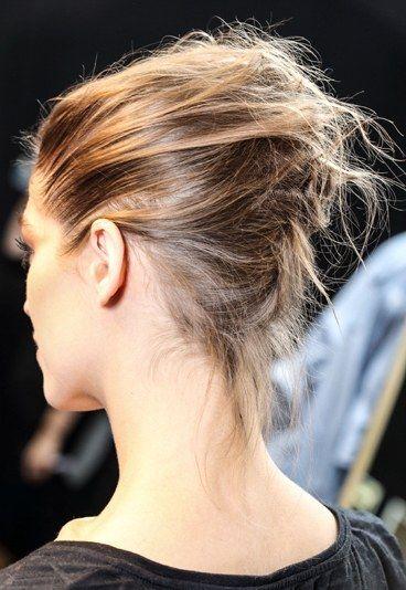 trendy hair style coiffure facile pour les f tes le chignon tress id es coiffures 7. Black Bedroom Furniture Sets. Home Design Ideas