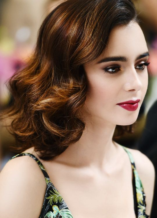 Trendy Hair Style : Lily Collins... - YouFashion.net ...