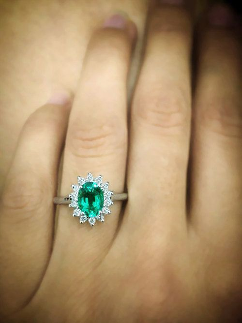Luxury Jewelry 2017 2018 Beautiful Green Emerald Diana