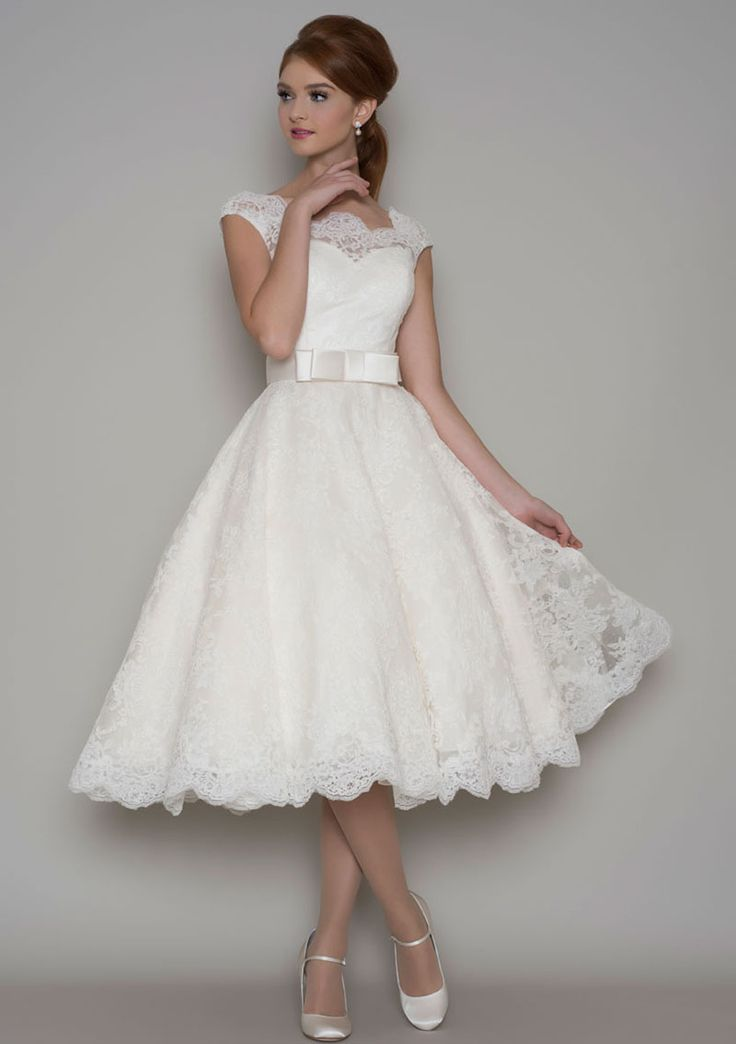 Short Wedding Dresses Ivory Lace Illusion Neck Tea Length
