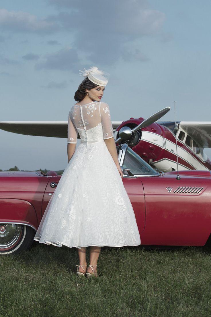 Short Wedding Dresses : Tea length wedding gowns always remind us of ...