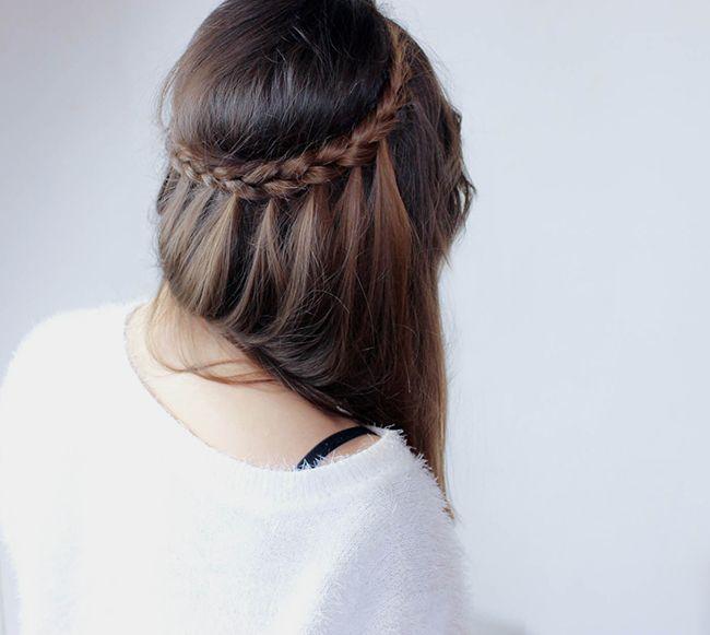 Trendy Hair Style Comment Realiser Une Coiffure Rapide Et Sophistiquee Avec Une Tresse Simple Youfashion Net Leading Fashion Lifestyle Magazine