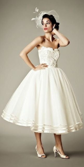 Short Wedding Dresses : Tea length vintage wedding dress ...