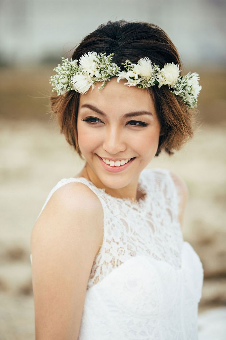 Wedding flowers for short hair flowers healthy wedding hair with flowers jewels flower crown and short hair izmirmasajfo