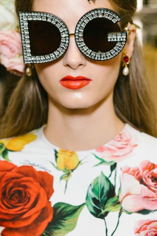 Fashion : fashion:  Dolce & Gabbana SS18.