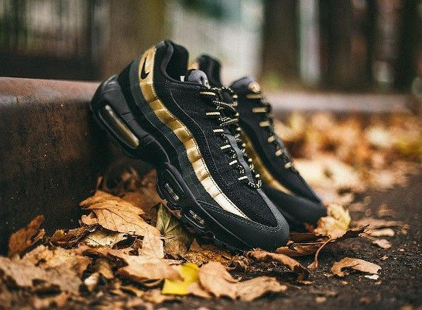 Lifestyle Shoes | Nike Air Max 95 SneakerBoot Black