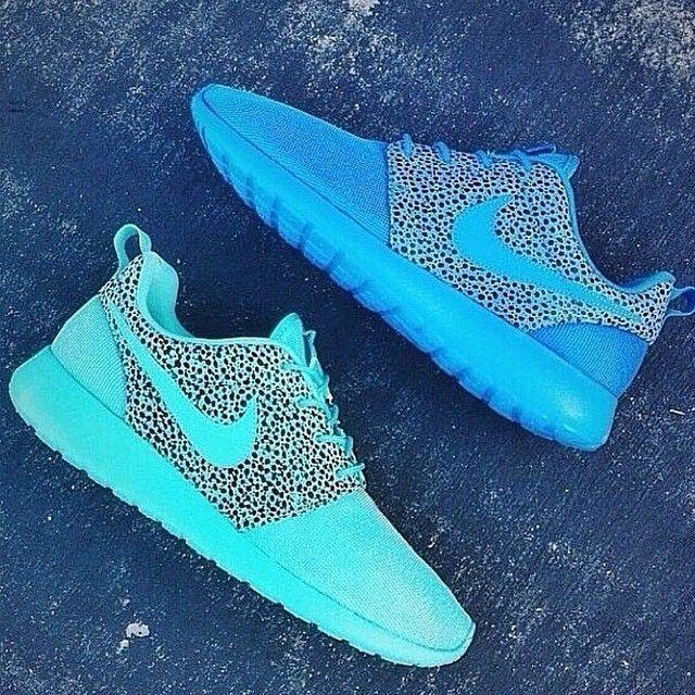 c76a93853b66 Sneakers - Women s Fashion   Nike Free