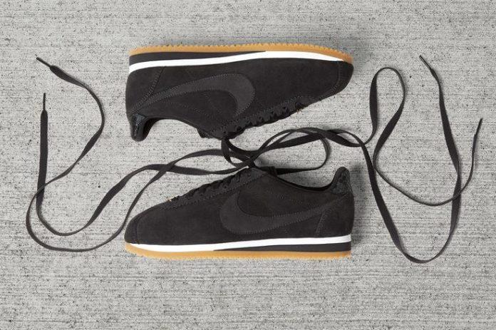Sneakers Women's Fashion : Nike WMNS Cortez x A.L.C. Pack