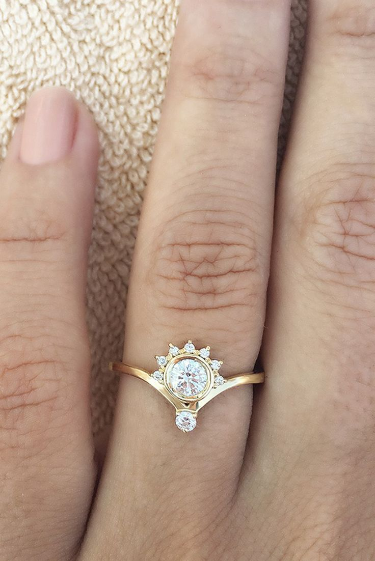 luxury jewelry 2017 2018 unique engagement rings say wow 10 leading. Black Bedroom Furniture Sets. Home Design Ideas