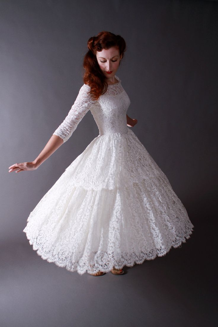 Short Wedding Dresses : Vintage 1950s Tea Length New Look ...