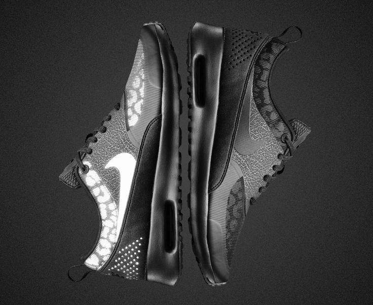 "Sneakers Women's Fashion : Nike WMNS Air Max Tape ""Black"