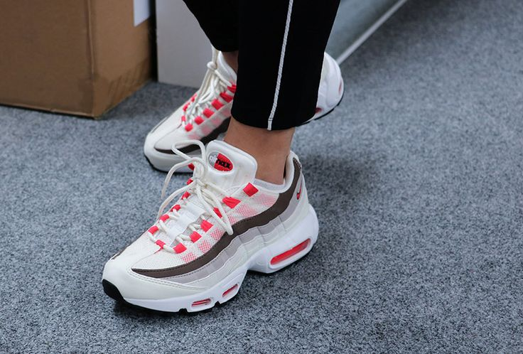 Sneakers Women's Fashion : Sneakers women Nike Air Max