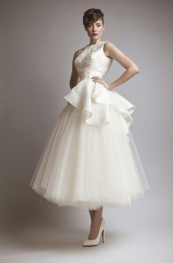 Short wedding dresses ashi studio fall winter 2013 2014 for Winter tea length wedding dresses