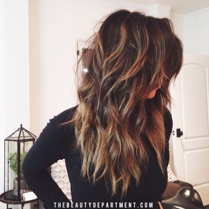 Hairstyle For Long Wavy Hair Women simple and easy