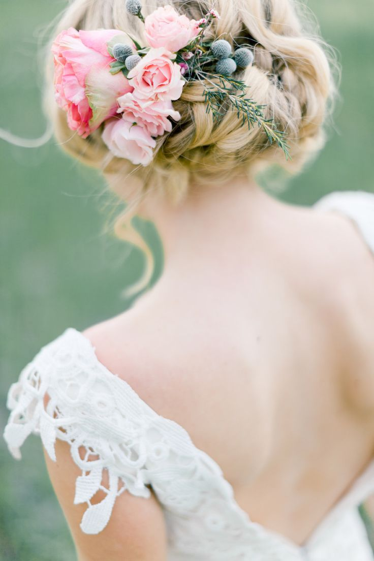 Wedding Hair With Flowers & jewels : Flower-adorned updo