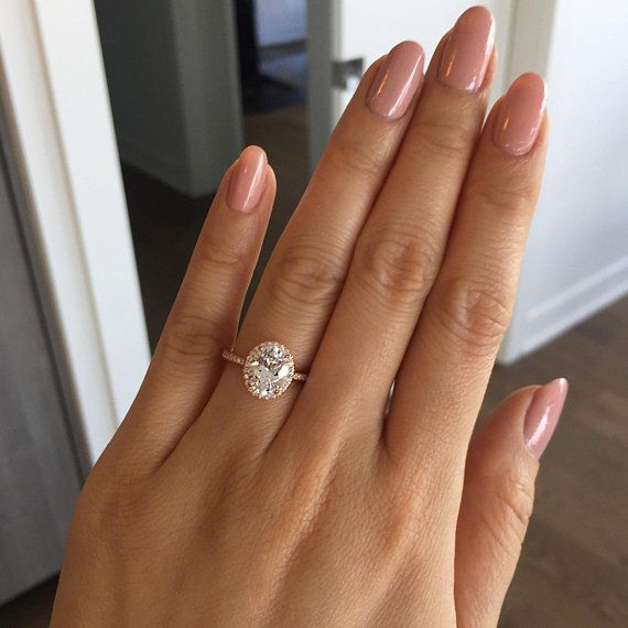 Luxury Jewelry  2017/2018 : 2.25 ctw Oval Halo Ring Vintage Style Engagement Ring Man