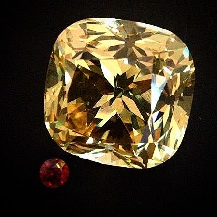 Loose Diamond : The Red Cross Diamond 205.07 carats. Found in 1901 and cut from an original crys…