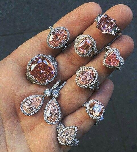 Luxury Jewelry  2017/2018 : Halo's pretty n Pink Diamond's